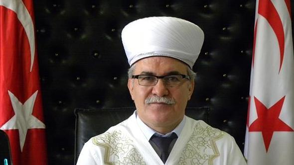 Kuzey Kıbrıs Din İşleri Başkanı'na 'FETÖ' gözaltısı