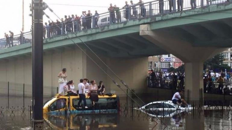 Meteoroloji Mühendisleri'nden kritik uyarı: İstanbul 3'üncü sel felaketini yaşayabilir