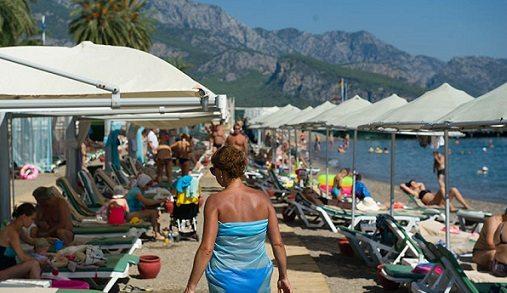Rus basını: Türkiye'de Koksaki virüsü var, Rus turistler tatillerini iptal ediyor