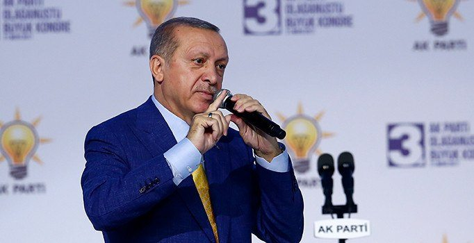 Erdoğan'dan partisine Gül ve KHK ile ilgili talimat