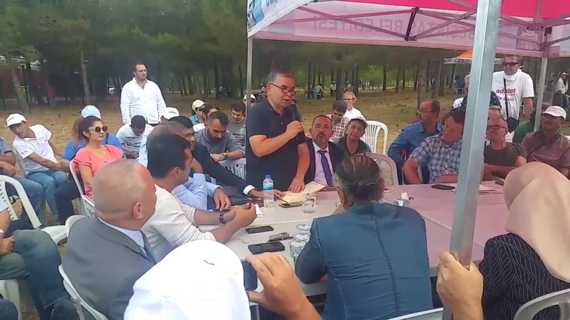 CHP'nin Adalet Kurultayı'nda Said Nursi risaleleleri okundu
