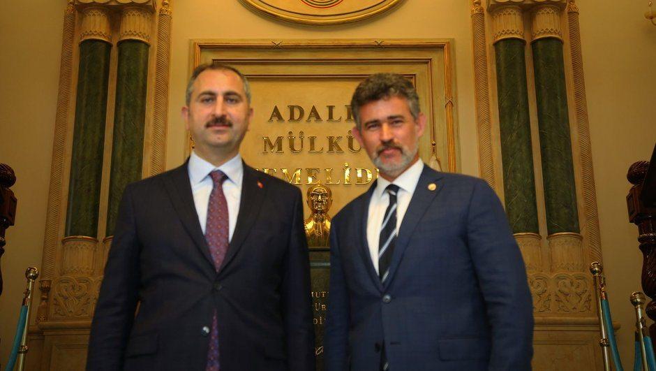 Metin Feyzioğlu'ndan yeni Adalet Bakanı'na 'Hayırlı olsun' ziyareti