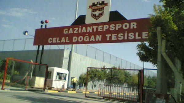 Gaziantepspor'da iş bırakma eylemi: Yönetim tesislere sokulmuyor
