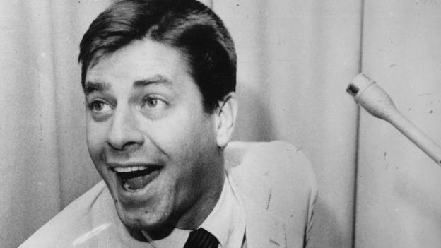 Komedyen Jerry Lewis yaşamını yitirdi