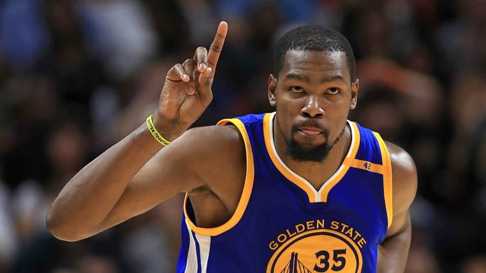 Amerikalı basketçi Durant: Trump'a saygı duymuyorum