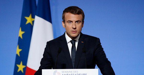 Fransa Cumhurbaşkanı Emmanuel Macron Suudi Arabistan'da