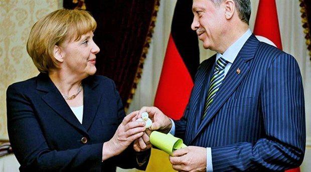 Erdoğan'dan Merkel'e teşekkür