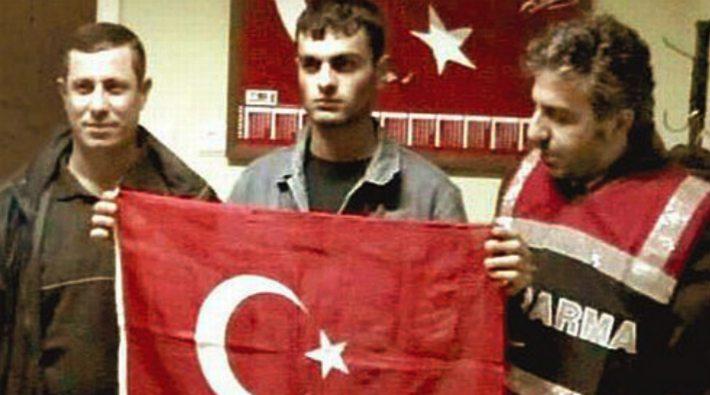 Ogün Samast'la fotoğraf çektiren jandarmalar salıverildi!