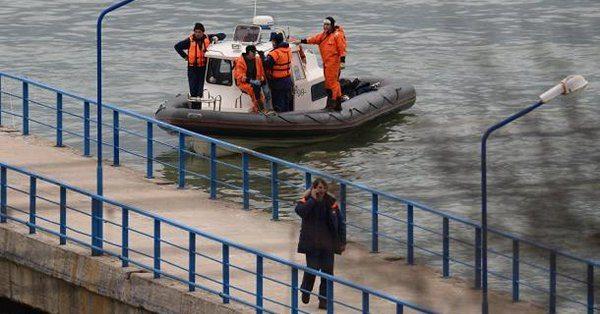 Rusya'da işçileri taşıyan otobüs denize düştü: 14 kişi hayatını kaybetti