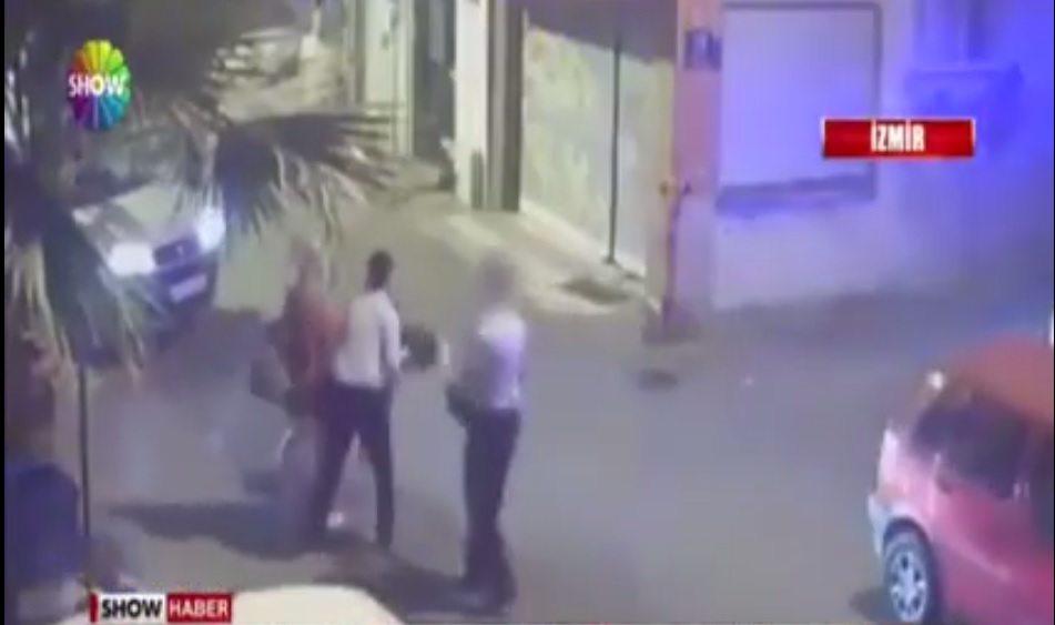 Tacize uğradıklarını şikayet etmek için gittikleri polisten dayak yediler
