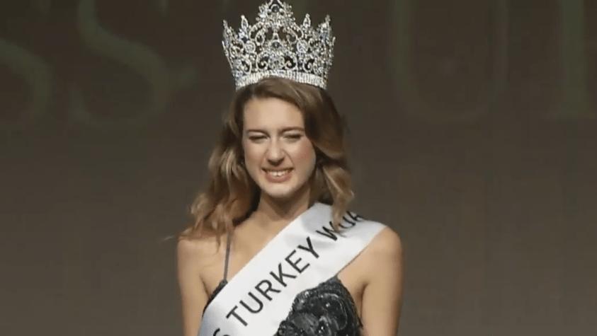 15 Temmuz paylaşımı nedeniyle 'Türkiye Güzeli' unvanı geri alınan Itır Esen'den açıklama