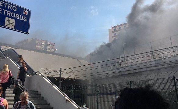 VİDEO | Şirinevler metrosunda yangın: Olay yerinden ilk görüntüler...
