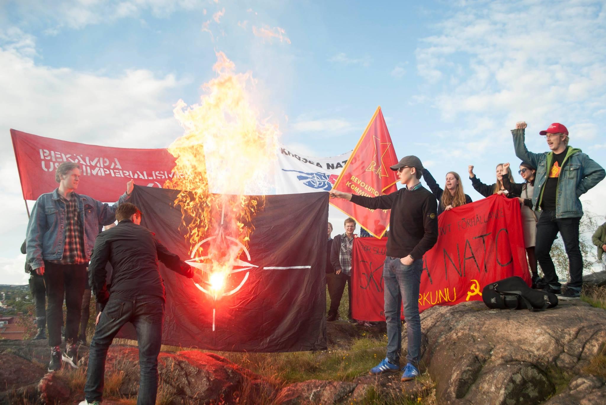 İsveç'te NATO karşıtı miting