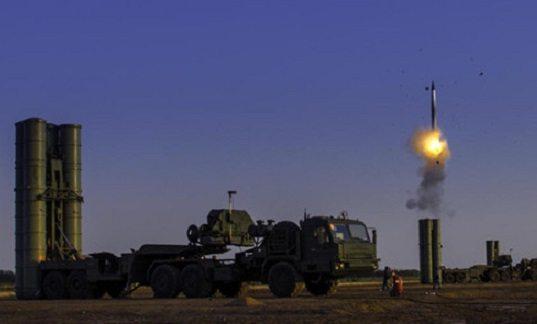 Sıcak gelişme: Rusya Türkiye ile S-400'ler için kontrat imzaladığını duyurdu