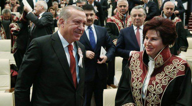 'AKP Sözcüsü' Danıştay Başkanı Zerrin Güngör cübbesini ne zaman çıkaracak?