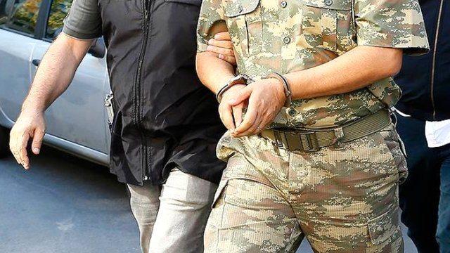 20 ilde 22 muvazzaf asker gözaltında