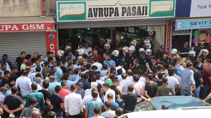 Polisten tepkili esnafa plastik mermi yağmuru: 5 yaralı