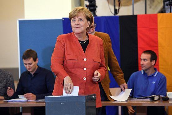 Almanya'dan ilk sonuçlar: Sağcılar mecliste