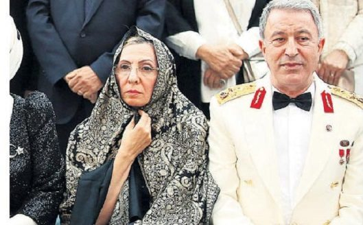 Hulusi Akar'dan 'başörtüsü' açıklaması