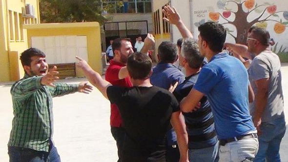 Okulda 'Suriyelileri istemiyoruz' sloganları