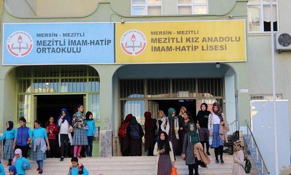 Erdoğan bu okulun 'promosyon'unu çok sevecek!