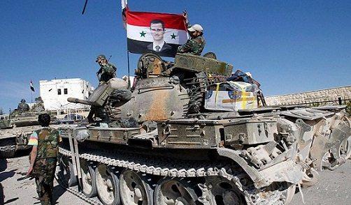 Deyr ez Zor'da IŞİD kuşatması kırıldı: Tanklar kente giriyor