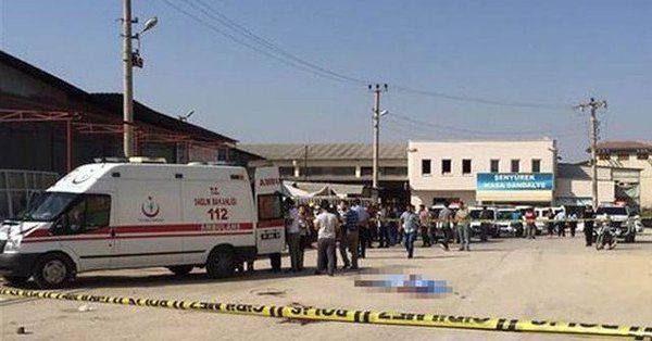 Trafik polisi dehşet saçtı: 3 ölü