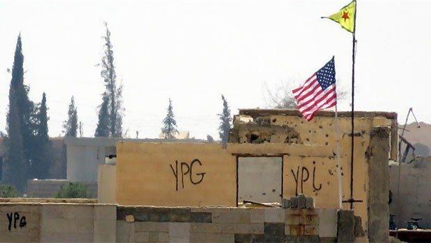ABD bayrakları ile YPG flamaları kaldırıldı