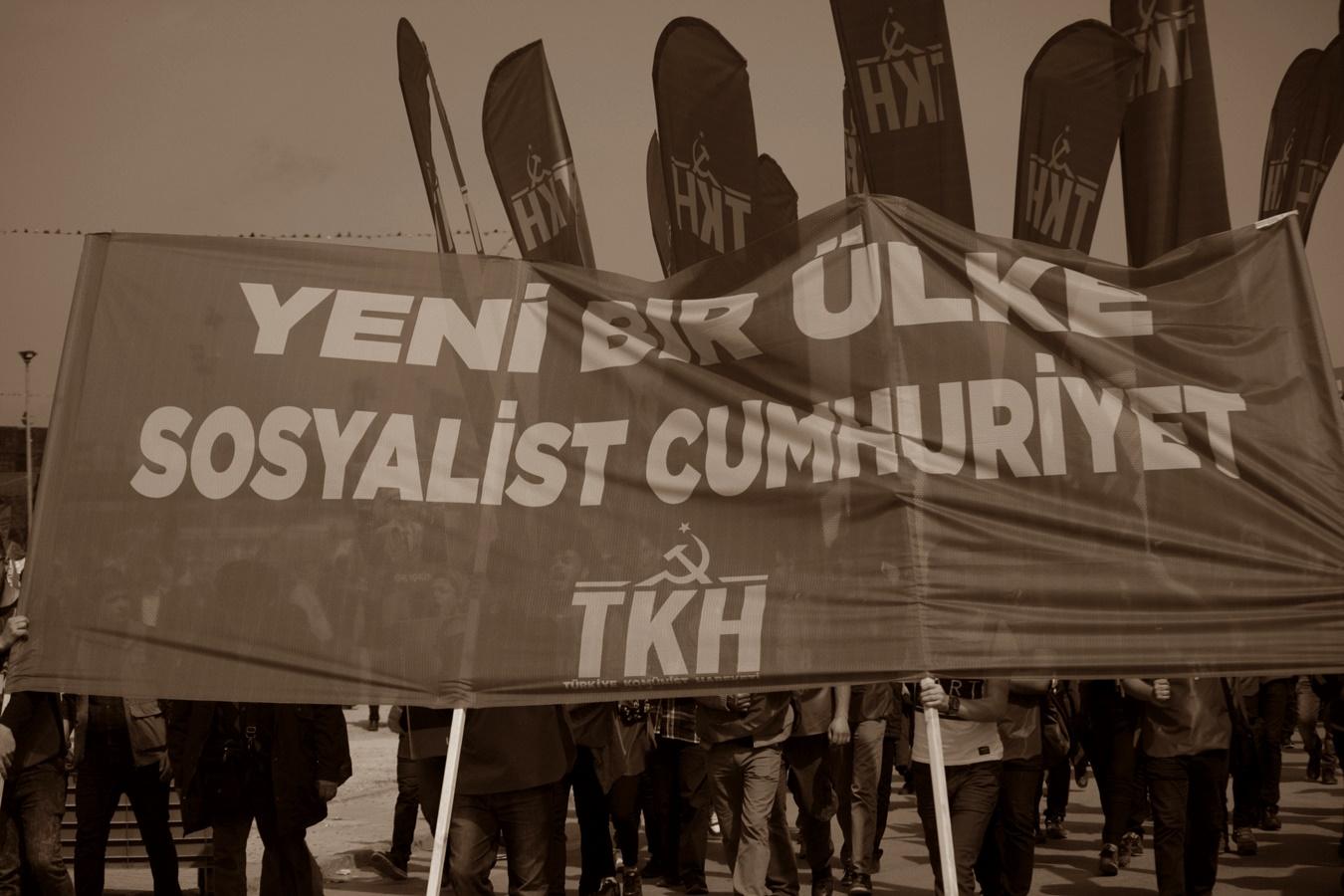 Sosyalist Cumhuriyet: Yeni bir cumhuriyeti inşa etmek!
