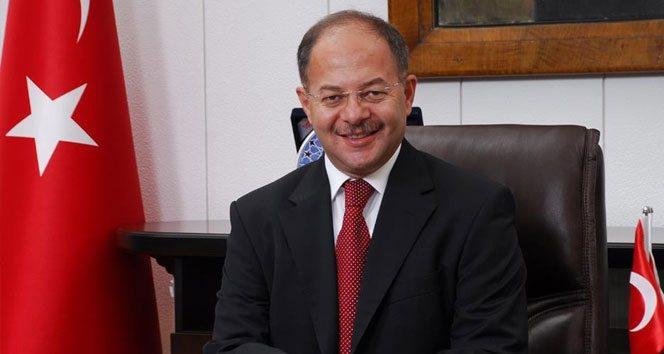 Recep Akdağ dalga geçiyor olmalı: Belediye başkanlarının istifası, kişinin bireysel kararları