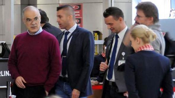 Büyükada davasında tahliye edilen iki kişi ülkelerine geri döndü