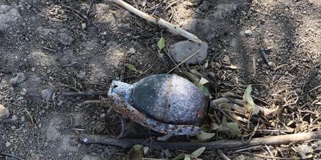 Çocuklar bahçede oynarken el bombası buldu
