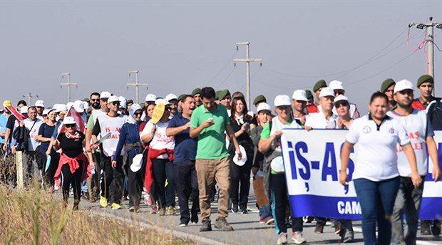 Cam işçileri pes etmiyor: Bugün 12.30'da Şişecam Genel Müdürlüğü önüne!