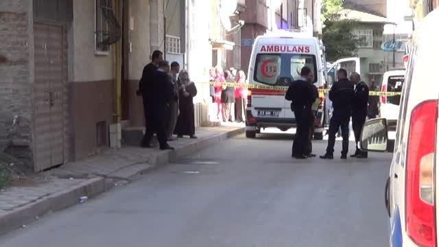 Elazığ'da vahşet: Baba kızının boğazını keserek öldürdü!