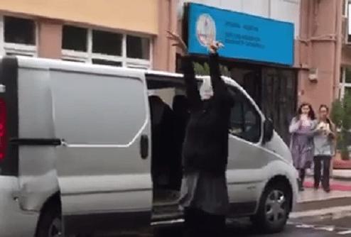 VİDEO | Yer İstanbul: Okulun zil sesi Mehter Marşı oldu!