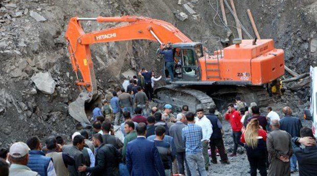 Bakanlık hem utanmaz hem yalancı: 'Ruhsatsız' dedikleri ocağı ihale ile özel şirkete vermişler!