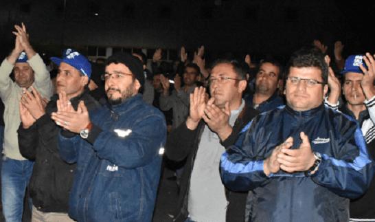 Sendikalaştıkları için kapı önüne konuldular: PAKPEN'de yüzlerce işçi eylemde!