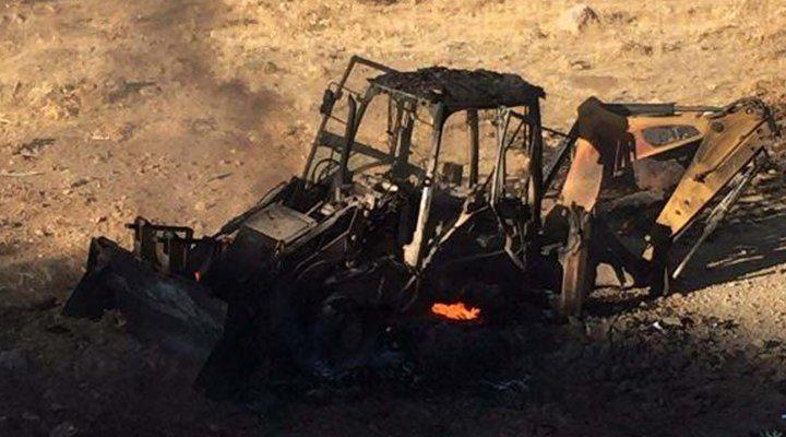 Pervari'de iş makinesinin geçişi sırasında patlama