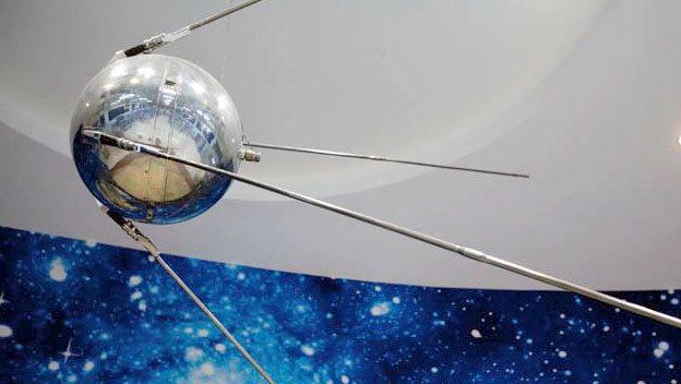Hafıza-i Beşer | Uzaydaki ilk uydu: Sputnik