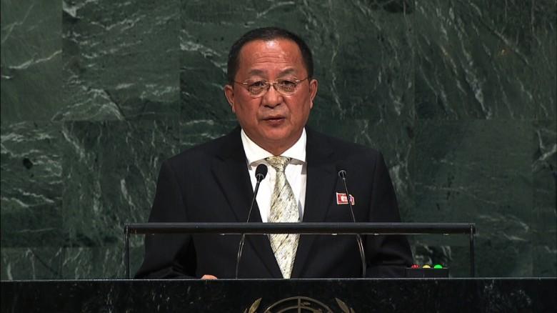 KDHC Dışişleri Bakanı Küba'yı ziyaret edecek