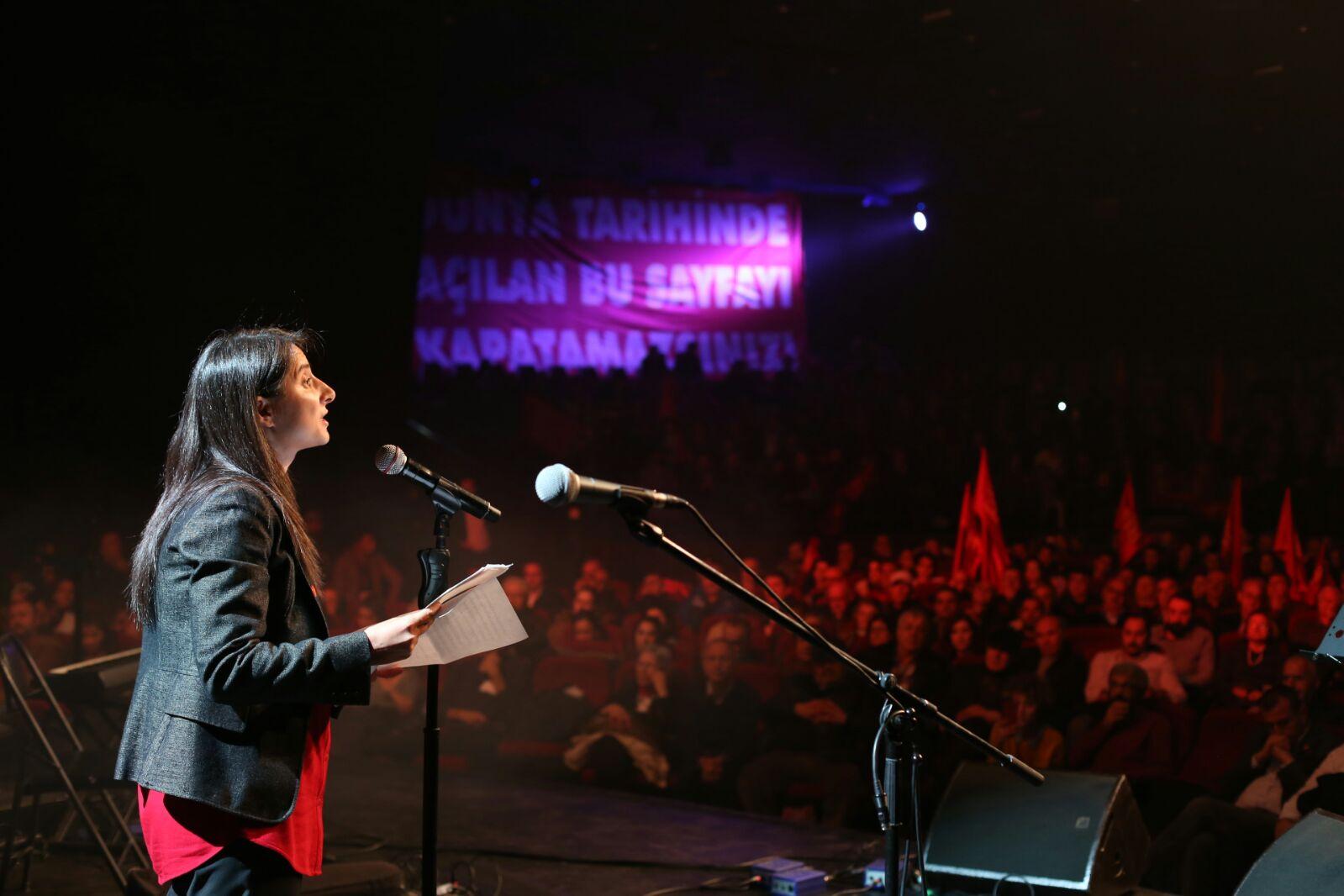 TKH Genel Başkanı Aysel Tekerek ile gündemi değerlendirdik: Yeni bir devrim, yeni bir cumhuriyet gerek