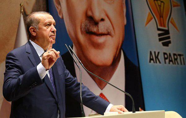'AK Parti tarihinde ilk kez içindeki bir gruba savaş açıyor'