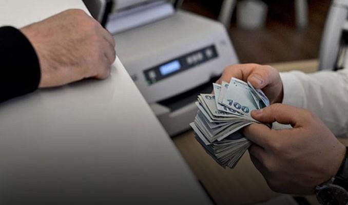 Bankalar halkın ensesinde: Tam 1 milyon 14 bin kişi mahkemelik!