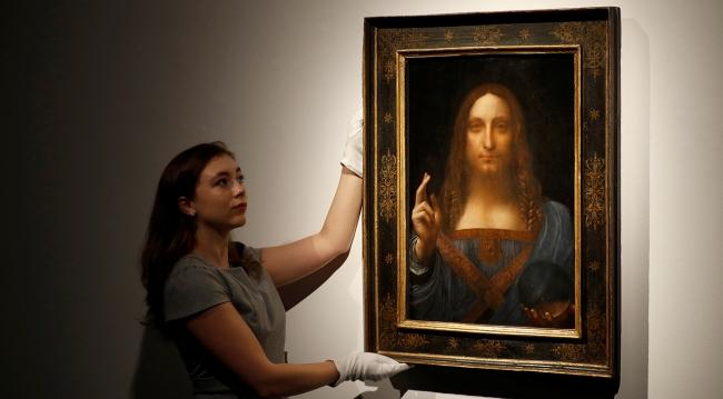 """Leonardo Da Vinci'nin """"Salvador Mundi"""" adlı tablosu rekor fiyata satıldı"""