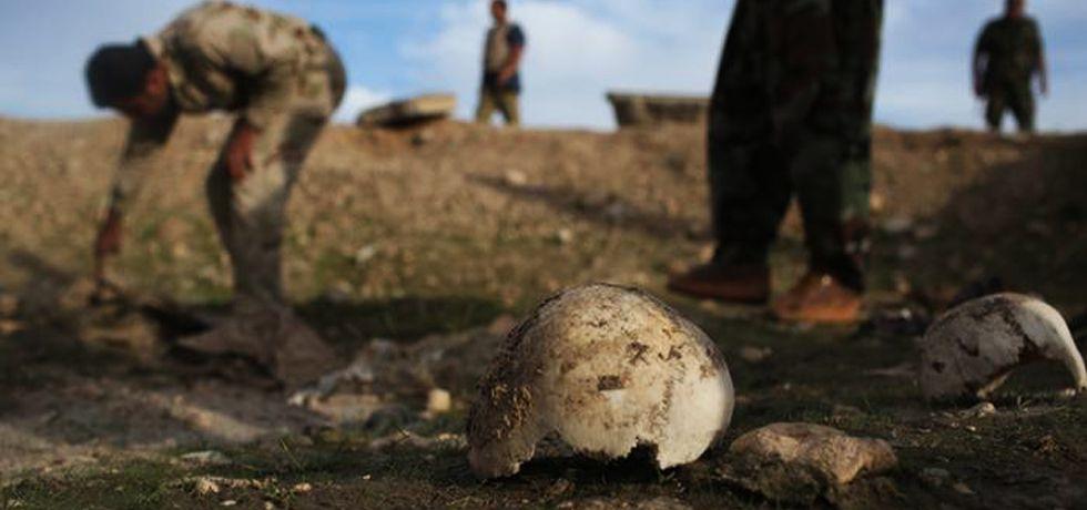 Irak'ta içinde 400 kişinin olduğu toplu mezarlar bulundu
