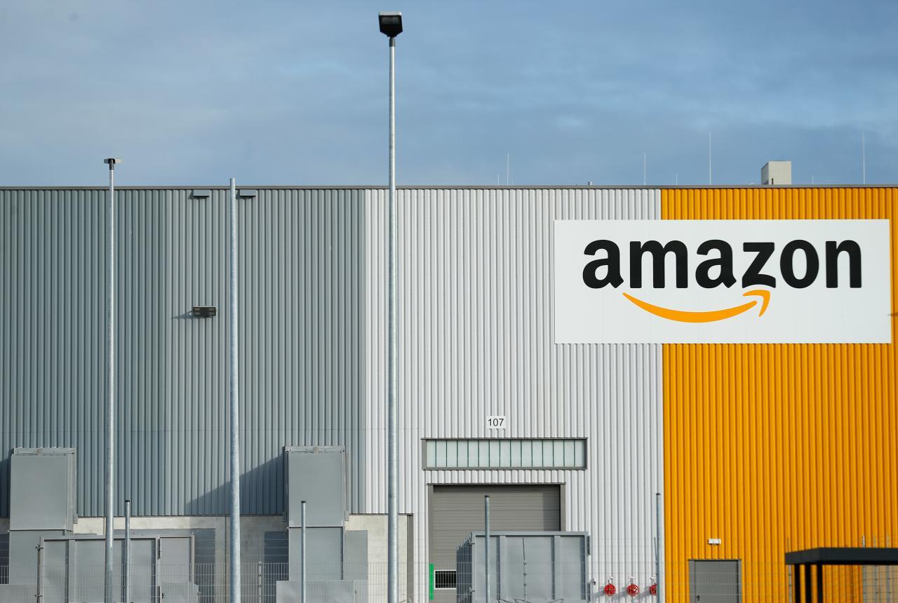 İşçilere her gün'Kara Cuma': Amazon işçileri grevde