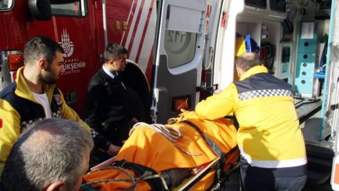 Kadıköy'de beton mikserinin borusu patladı 3 işçi yaralandı