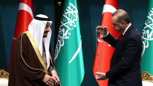 Erdoğan Suudi Arabistan Kralı ile telefonda görüştü