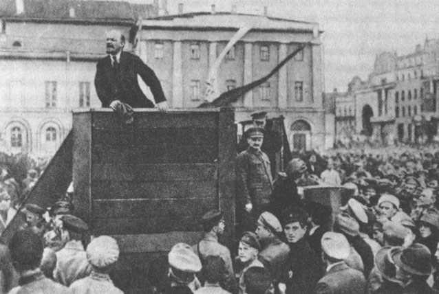 Ekim Devrimi'nden bugüne ulusların kaderi