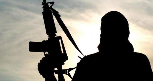 Elektronik kelepçe ile izlenen radikal islamcı kaçarak Türkiye'ye geçti